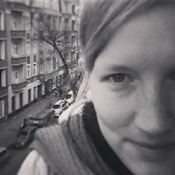 Regine_Laroche